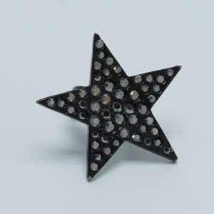 Black Solo Star Ring