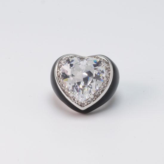black heart ring front