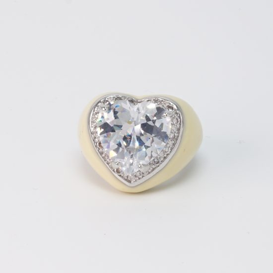 white heart ring side